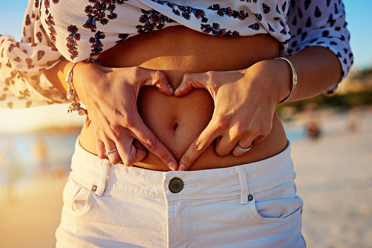 Woman Is Happy With Her Choice of Tummy Tuck from Hess Plastic Surgery